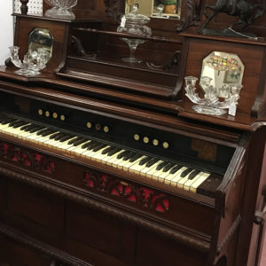 victorian-pump-organ
