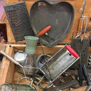 vintage-kitchen-collectibles